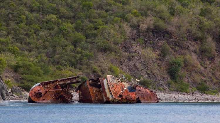 Shipwreck in Shitten Bay
